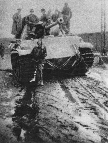 The Warsaw insurgents have captured tank Pz.V. Warsaw August 1944.