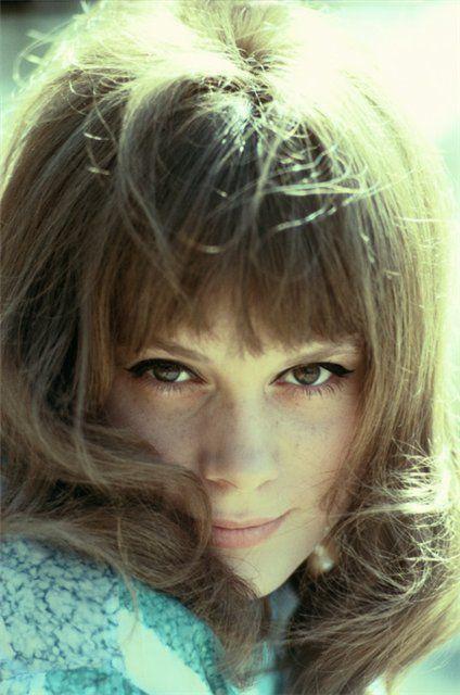 Françoise Dorléac = Maquillage : trait d'eye-liner