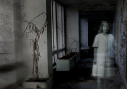 Real Creepy Haunted Abandon Hospital   hospital patient haunts the corridors of the hospital at night looking ...