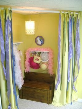 How to Design a Dress-Up Area in a Kid's Room : Rooms : Home & Garden Television {My girls need one of these!}
