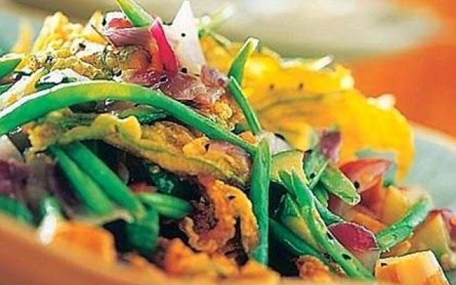 Sauté di melanzane e verdure con fiori di zucca fritti. #sauté #di #melanzane #ricetta