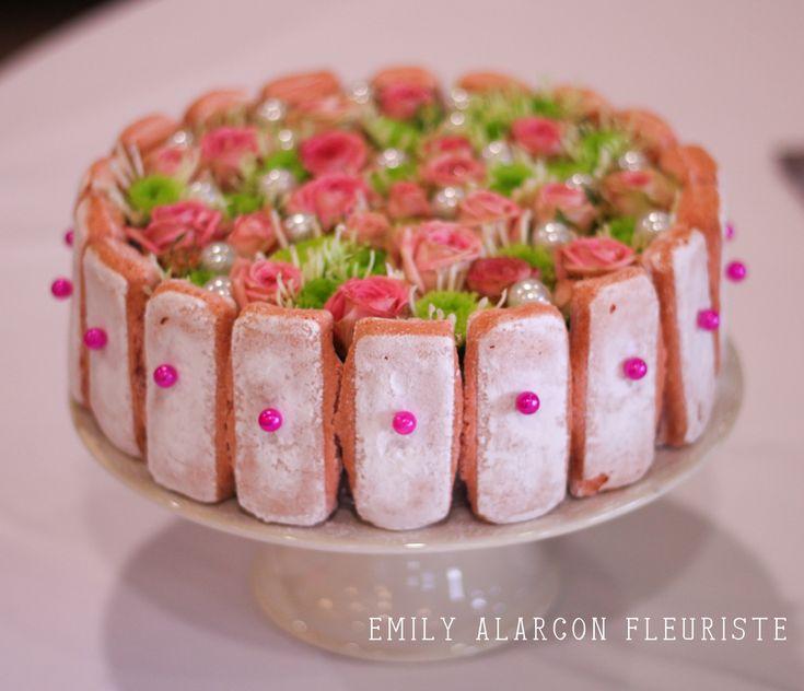 Gateau floral www.emily-alarcon-fleuriste.com