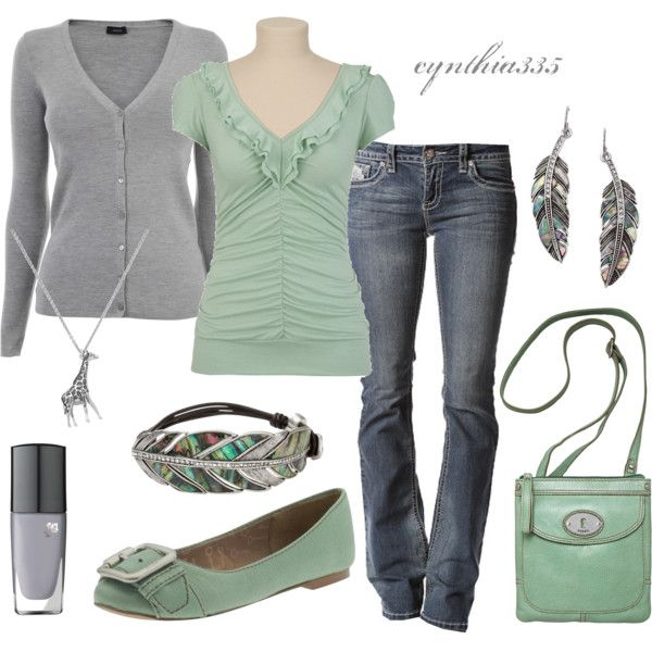 GreenGiraffes Necklaces, Fashion, Mint Green, Casual Outfit, Style, Casual Work Outfit, Grey, Flats, Mint Colors