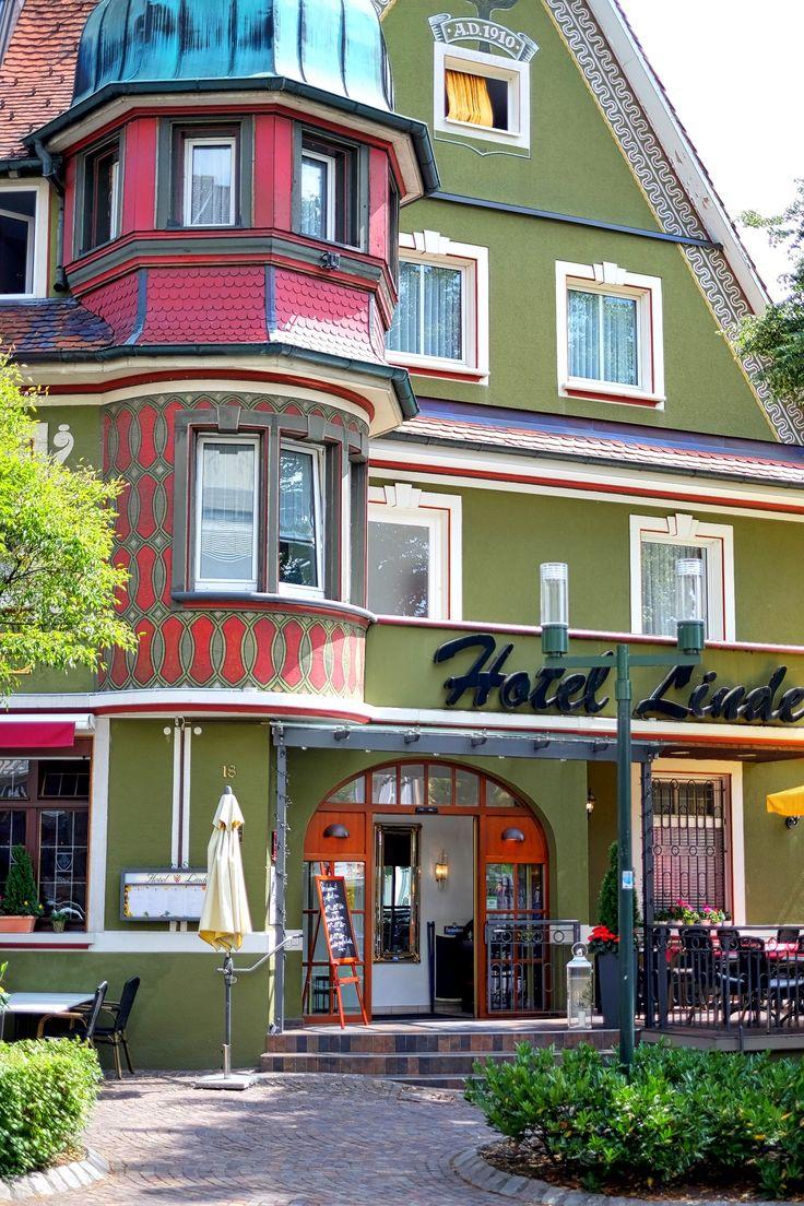 Das Hotel Linde in Donaueschingen im Schwarzwald • Black Forest • Auch das Restaurant ist zu empfehlen. Badische Spezialitäten.  27 komfortabel ausgestattete Zimmer.  Kurze Wege, direkt in der Stadt und doch ruhig gelegen. Gutes Durchschlafen garantiert.