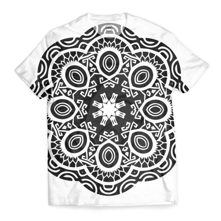'Polyesian mandala tattoo black and white' T-Shirt by annalemos on miPic