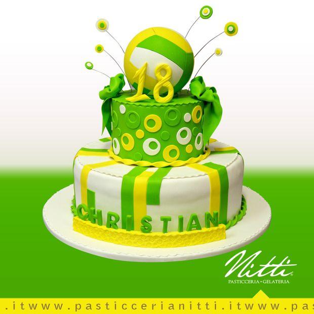 18 anni sottorete, la torta di compleanno della pallavolo