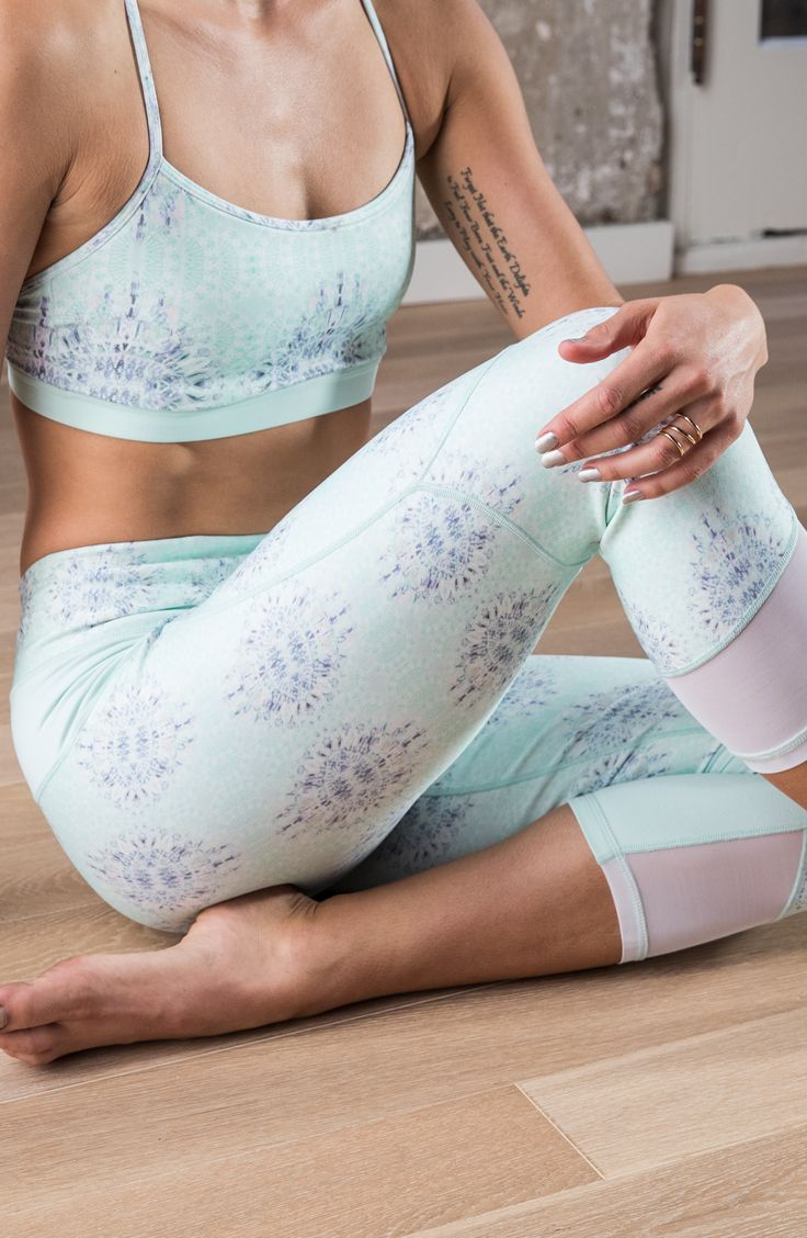 Revitalize your workout with the CALIA™ by Carrie Underwood Women's Mesh Detail Printed Capris. These printed, four-way stretch bottoms move with you all day, while mesh pieces lend breathability. A wide waistband offers comfortable support, and a zip pocket stores small items. Made with signature Califlex fabric that boasts moisture-wicking and antimicrobial properties, the CALIA® Mesh Detail Printed Capris elevate your comfort and sytle.