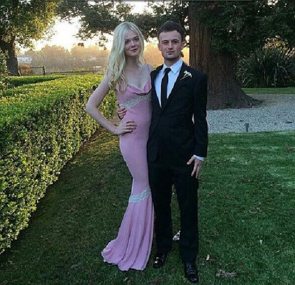 Awkward Celebrity Prom Photos That Are Too Amazing Not to ...
