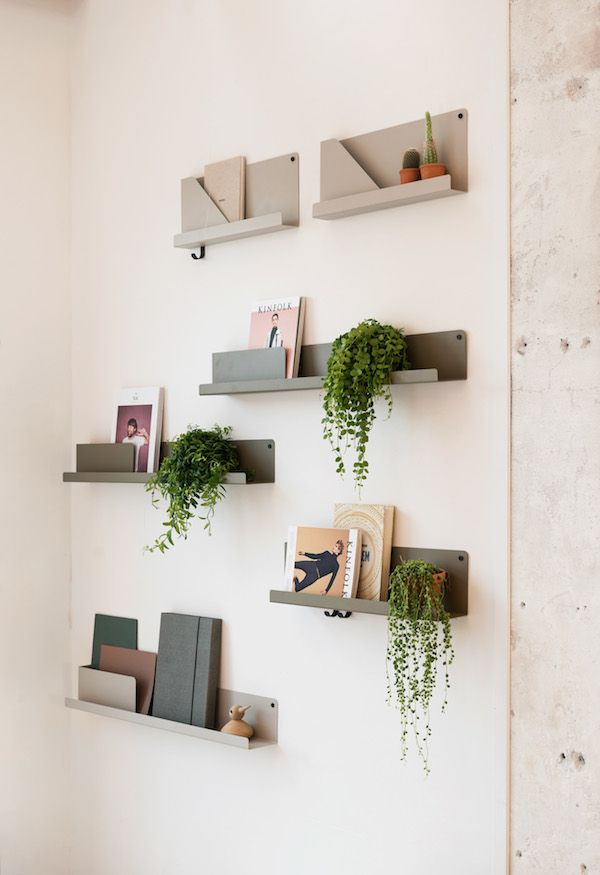 vosgesparis: Muuto folded shelves at Mobilia