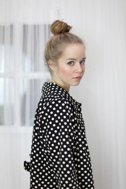 : Dots Coats, Polka Dots, High Buns, Tops Knots, Fashion Models, Tops Buns, Cute Hairs, Hairs Color, Spotti Dotti