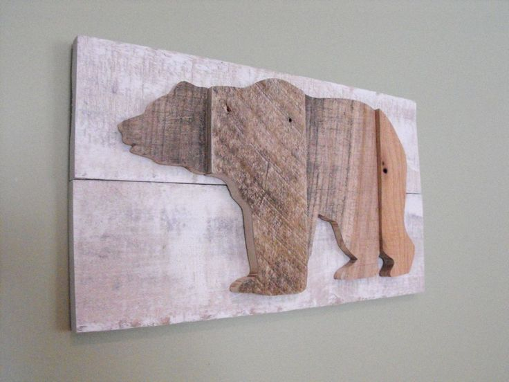 Bear Grizzly Black Brown reclaimed pallet wood wooden sign rustic farmhouse decor wall art outdoors cabin country kitchen