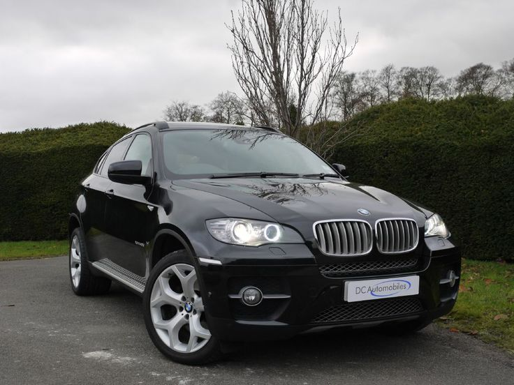 This is an incredibly highly specified xDrive40d (with 5 Seat configuration) finished in Black Sapphire with Black Nevada Leather. The very lengthy list of optional equipment includes Reversing Assist Camera with Top View and Side View Cameras, Aluminium Running Boards, Black Roof Rails, Leather Instrument Panel, Third Rear Seats, Electric Glass Sunroof, Exterior Mirrors - Folding and Auto Dimming, Electric Front Seats with Driver Memory, Front Seat Heating, Head-Up Display, £37,850