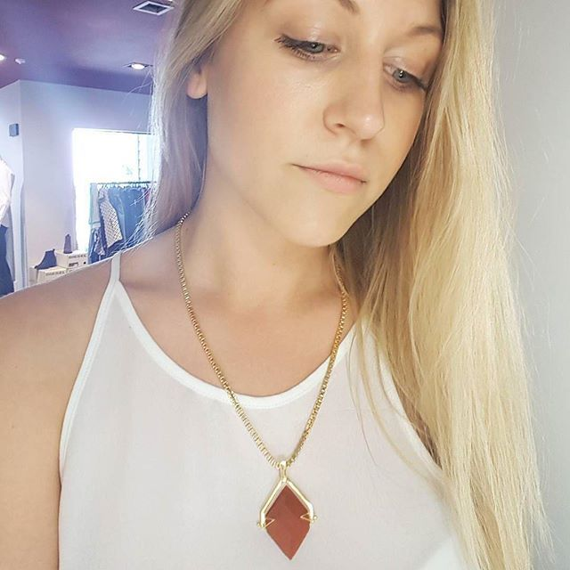The gorgeous Elizabeth at our fab stockist @ikonarrowtown absolutely rocking our Jasper Spinner Necklace from the Snowflakes & Jasper collection! ❤️❤️ ・・・ The absolutely beautiful Spinner Gold & Red Jasper Necklace by @cathypopejewellery from her brand new collection Snowflakes & Jasper.😍 Modelled by @elizabethwallacegibbs  #cathypopejewellery #cathypope #jewellery #gold #silver #gems #fashion #womensfashion #arrowtown #lovearrowtown #newzealand #nz