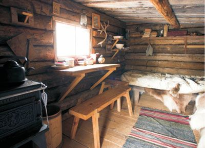 39 best images about hunting cabins on pinterest hunting - Interior pictures of small log cabins ...