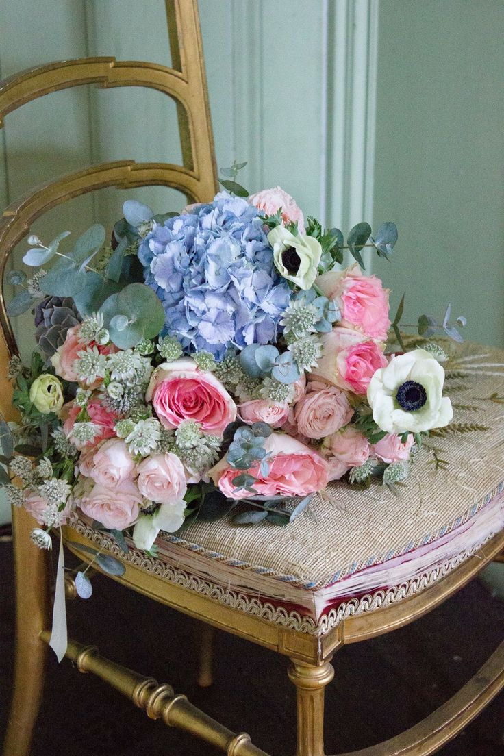 Bridal bouquet in pink and blue. Pink and blue wedding flowers. Scottish Wedding Directory Magazine.