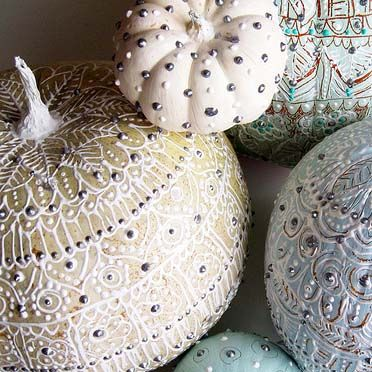 puff paint pumpkins. Great Fall wedding and event decor.