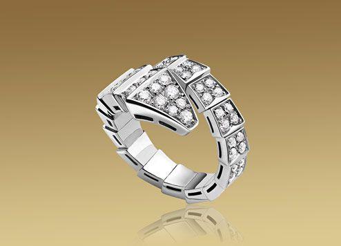 bulgari serpenti ring in 18kt white gold with full pav diamonds