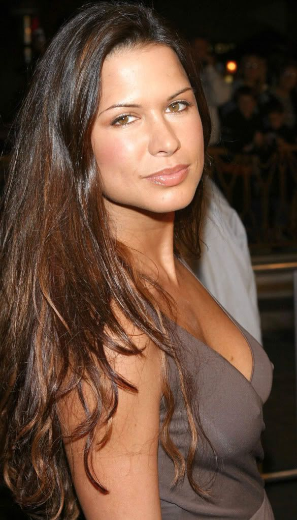 Rhona Natasha Mitra - Saturday, August 09, 1975 - Hampstead, London, England, UK.