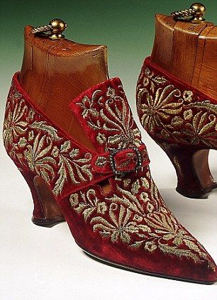 Women's red velvet embroidered shoes. c. 1920 by Yantorney, a shoemaker in Paris during the first quarter of the 20th century  Carpet shoes    Women's red velvet embroidered shoes. c. 1920 by Yantorney