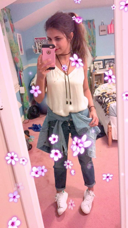 Snapchat selfie ideas + ootd