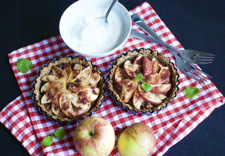 Prøv et sundere alternativ til julens godter: Disse æbletærter smager syndigt, men indeholder hverken mel eller sukker