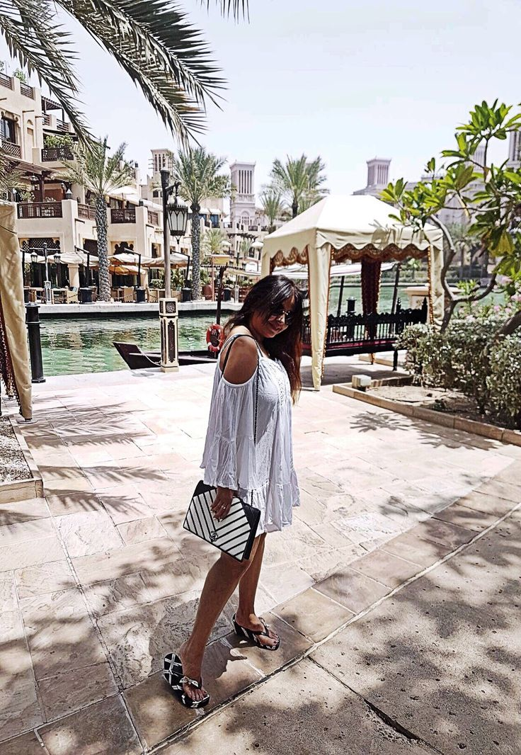 Good morning from Dubai.. #citychiclifestyle #chanelbag @chanelofficial #chanel  #juicycoutureshoes @juicycouture  #travelblogger #travelblog  #instatravel  #dubai #travelgram #fashionblogger#styleblogger #goodmorning  #stylish #dubai2017 #fashionaddict #luxuryfashion  #classy #streetstyle #streetfashion #outfitoftheday #dailylook #ootd #styleoftheday #fashionista #dubaigram  #classyinthecity #daralmasyaf @madinatjumeirah #ootd #madinatjumeirah  #traveldiary #daralmasayaf