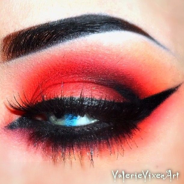 ❤Shadows are Basic Red Pigment, Bamboo, Blanc Type and Carbon by Mac ❤.  valerievixenart
