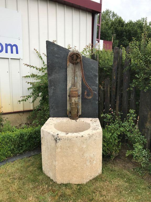 Les 25 meilleures id es de la cat gorie fontaine en pierre sur pinterest fontaines de jardin for Fontaine de jardin en pierre ancienne