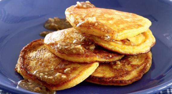 Тыквенные оладьи с медово-ореховым маслом