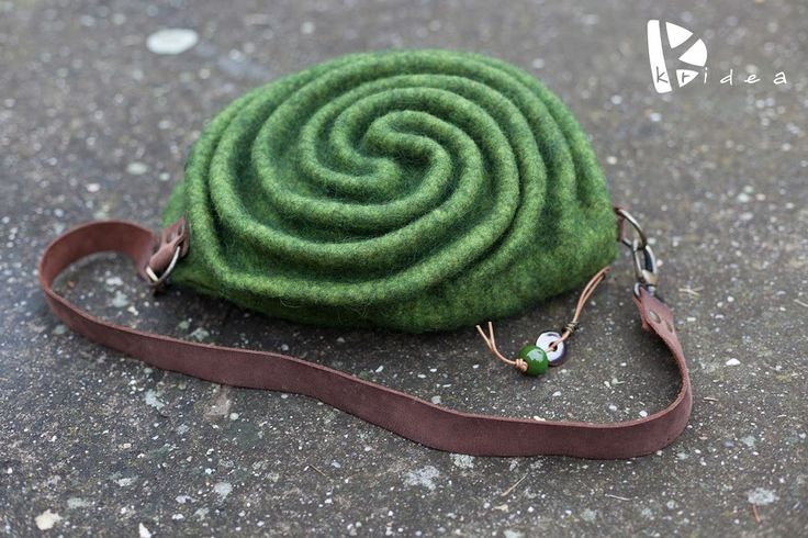 "WOOLEN BAG ""Labyrinth"""