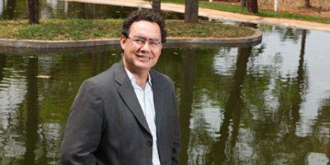"""Augusto Cury: """"El sistema educativo está enfermo y crea alumnos enfermos""""   Cambiemos el Mundo, cambiemos la Educación"""