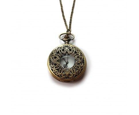 Vintage hodinky na retiazke medené s ornamentom. Vintage pocket watch necklace. #womanology #jewelry #accessories #pocketwatch #vintagewatch