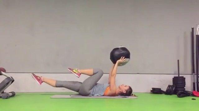 Core egzersiz videosu @funkyfitnessgirl karşınızda. #gununegzersizi