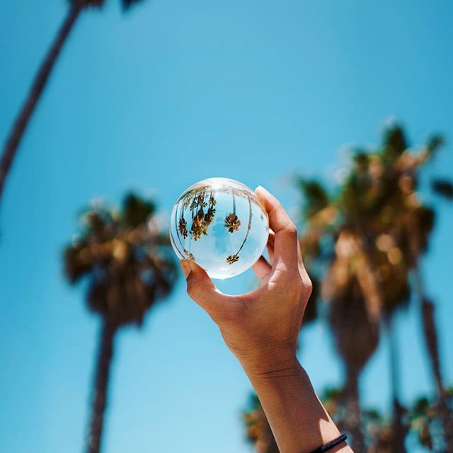 Capture those summer vibes in ultraclear wide-angle! 🌞🔮 Our buddy Michael -  @spacebypixel tried Lensball and he has clearly fallen in love! 😊🙌