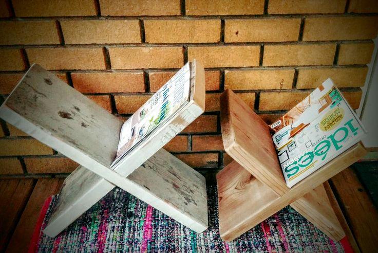 Porte magazine en bois recycler
