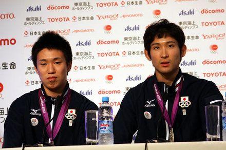 オリンピック初出場でメダルを獲得した淡路選手(左)と三宅選手