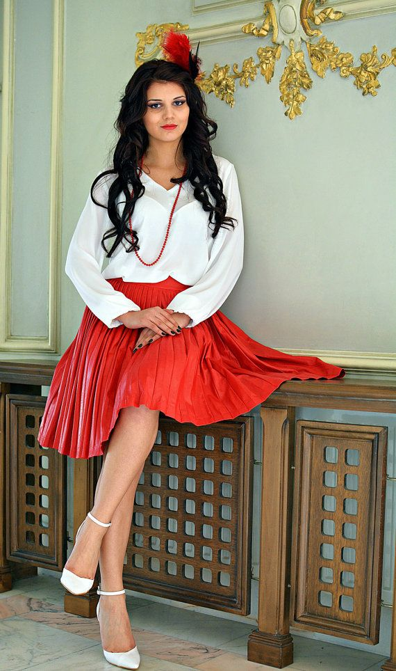 Midi red pleated leather skirt by DSTcraft on Etsy