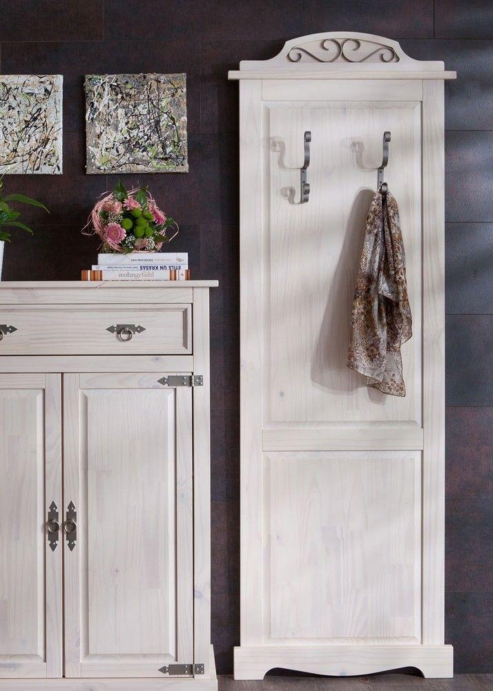 Landhaus Garderobenpaneel Mexican Henke Möbel Kiefer Massiv Weiß 21170. Buy now at https://www.moebel-wohnbar.de/landhaus-garderobenpaneel-mexican-henke-moebel-kiefer-massiv-weiss-21170