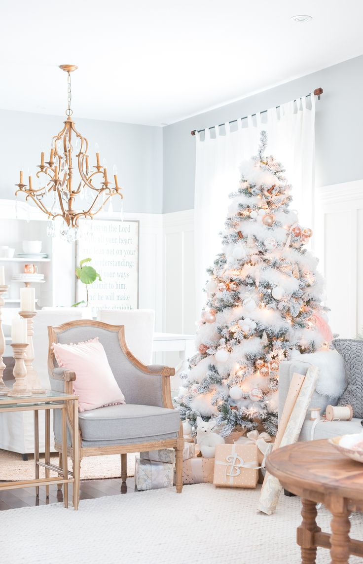 Blush and copper Christmas tree - gorgeous!