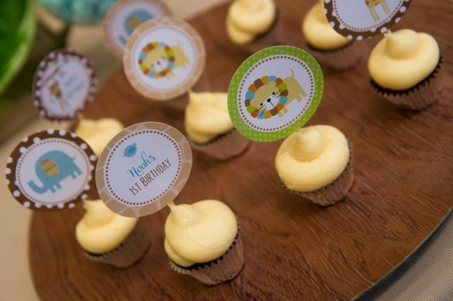 Boys Jungle Themed First Birthday Cupcake Food Ideas