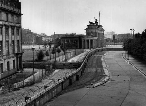 165 best die berliner mauer the berlin wall images on on berlin wall id=56485
