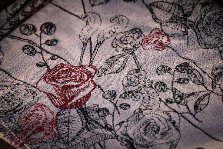 Sensimo rosalia red carbon