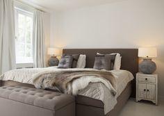 Project NANO interieur - landelijk - wonen - rustic - stoer - fauteuil - hout - wood - grey - grijs - bed - slapen