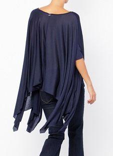 Φαρδιά μπλούζα με μανίκι τύπου νυχτερίδα