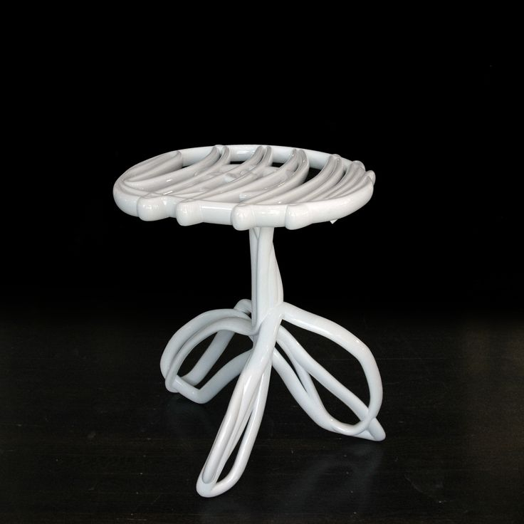 Front, Materialized Sketch of a Table, 2005. Mobilier en poudre thermoplastique | #design #furniture