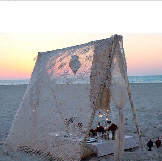 beach picnic teepee