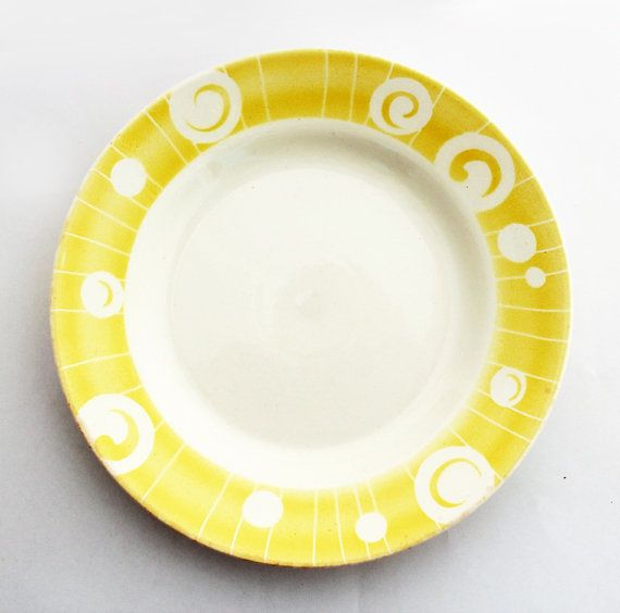 Vintage yellow dinner plate set of 2 by CraftyNordic on Etsy, $14.00