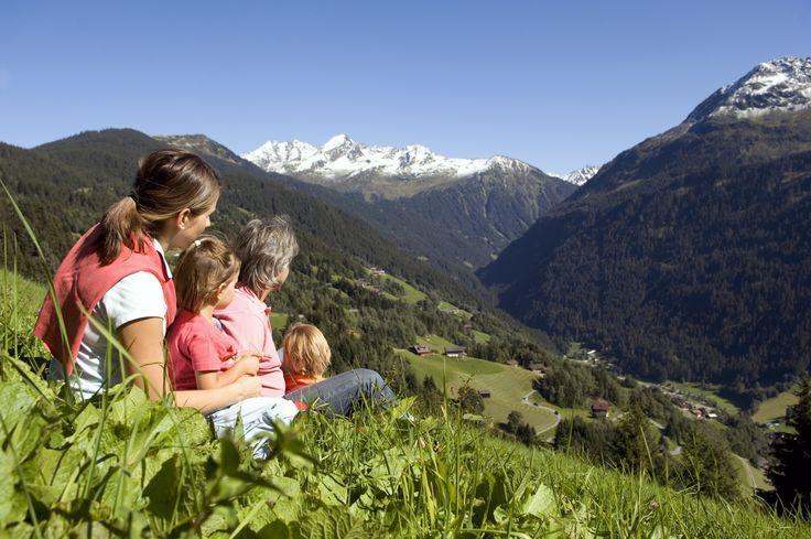 Familienwandern und Wandern am Kristberg und im Silbertal im Montafon  https://www.kristberg.at/sommer-montafon-wandern.html