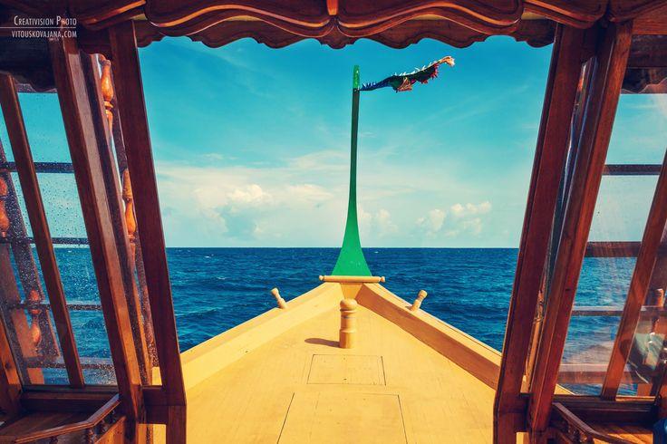 Dhoni boat trip at Four Seasons Landaa Giraavaru