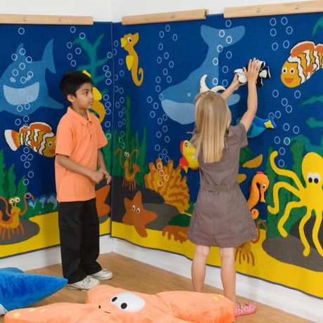Ocean Life ™ Interactive Themed Wall Displays with Soft Toys